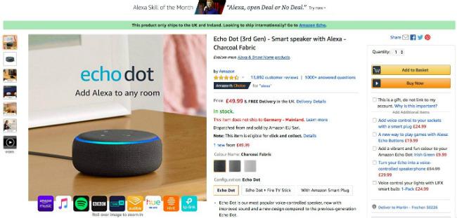 Hlasový asistent Echo dot na produktové stránce Amazonu. Příklad, jak najít oblíbené produkty pomocí recenzí.