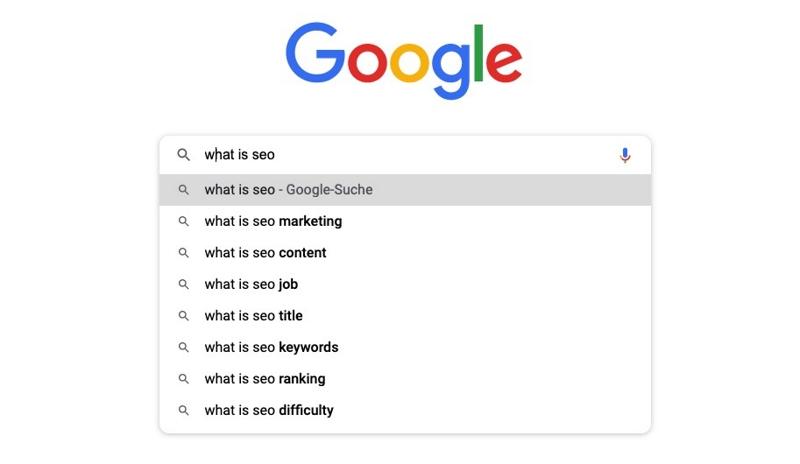 Wir sehen den Screenshot einer Google-Suchanfrage. Wenn du einen bestimmt Suchbegriff eingibst, macht Google dazu passende Suchvorschläge.